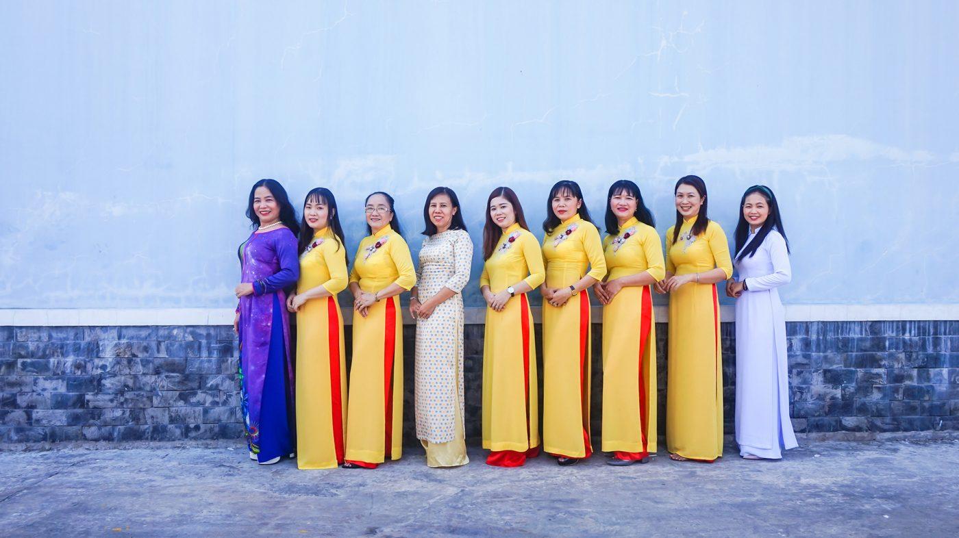 MT-Fruit-&-Vegetable-manufacturer-in-Vietnam-Frozen-Fruits-Frozen-Vegetables-MTFruit-team-Vietnam-employee