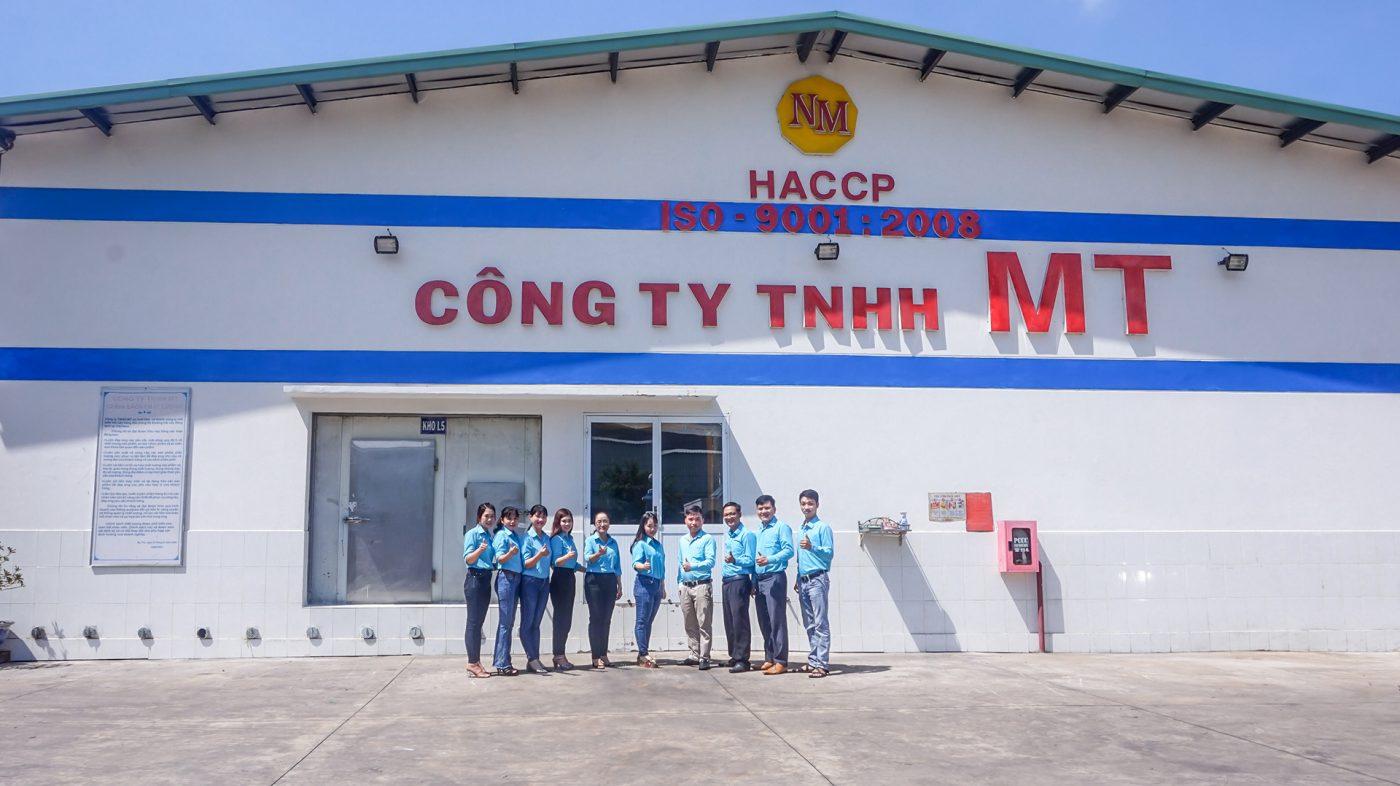MT-Fruit-&-Vegetable-manufacturer-team-in-Vietnam-Frozen-Fruits-Frozen-Vegetables-MTFruit-team-Vietnam