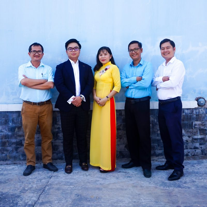 Sales-team-MT-Fruit-&-Vegetable-manufacturer-in-Vietnam-Frozen-Fruits-Frozen-Vegetables-MTFruit-team-Vietnam